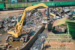 Погрузка лома металлов на ж/д транстпорт